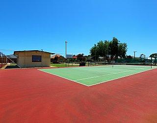 Weaver Street Reserve Tennis 2