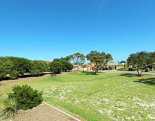 Chatsworth Court Reserve 1