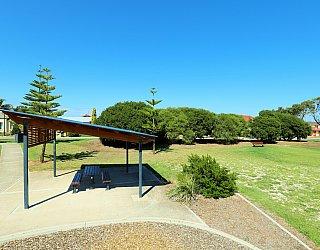 Chatsworth Court Reserve Facilities Picnic 4