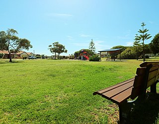 Chatsworth Court Reserve Facilities Seat 1