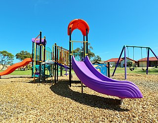 Chatsworth Court Reserve Playground Multistation 6