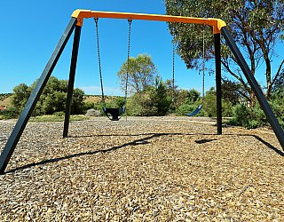 Columbia Crescent Reserve Playground Swings 2