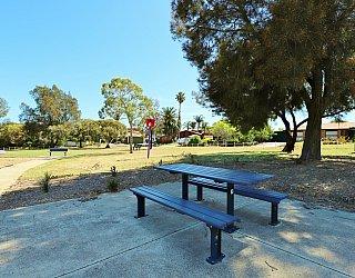 Koomooloo Crescent Reserve Facilities Picnic 1