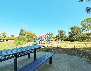 Koomooloo Crescent Reserve Facilities Picnic 2