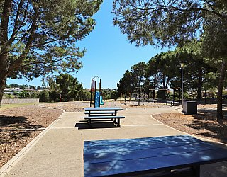 Olivier Terrace Reserve Facilitieis Picnic 1
