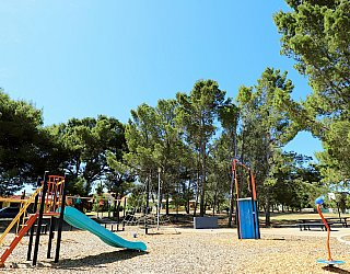 Olivier Terrace Reserve Playground 4