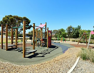 Spinnaker Circuit West Reserve Playground 2