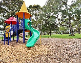 Hamilton Park Reserve Playground Multistation 4