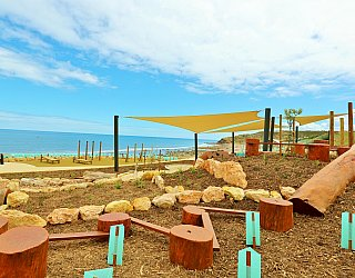 Heron Way Reserve Playground Nature Play Balance 1