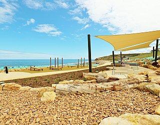 Heron Way Reserve Playground Rock Play 1