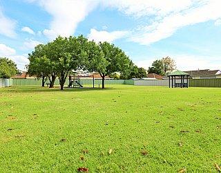 Peterson Avenue Reserve 5