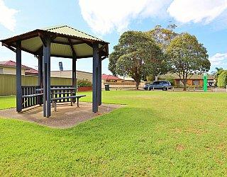 Peterson Avenue Reserve 6