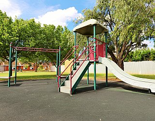 Peterson Avenue Reserve Playground 1