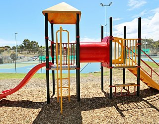 Shamrock Road Reserve Playground Multistation 2