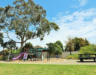 Tilley Court Reserve 2