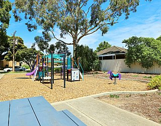 Tilley Court Reserve Facilities Picnic 2