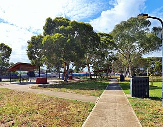Willoughby Avenue Reserve Facilities Path 1