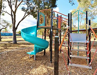 Willoughby Avenue Reserve Playground Multistation 3