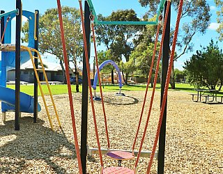 Alison Avenue Reserve Playground Multistation Steppers 1