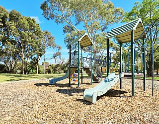 George Street Reserve Playground Multistation 2