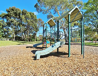 George Street Reserve Playground Multistation 3