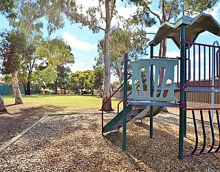 Hawkesbury Avenue Reserve Playground Multistation 6