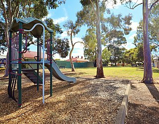 Hawkesbury Avenue Reserve Playground Multistation 7