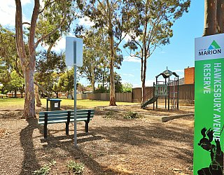 Hawkesbury Avenue Reserve Sign 1