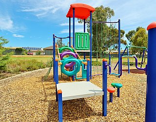 Mckay Street Reserve Playground Multistation 2