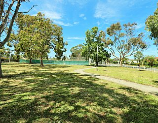 Mckellar Terrace Reserve 1