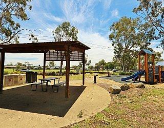 Mckellar Terrace Reserve Facilities Picnic 1