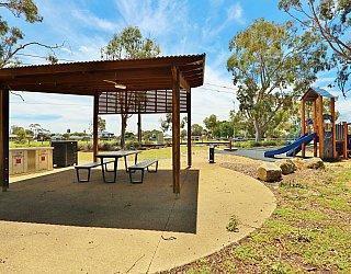 Mckellar Terrace Reserve Facilities Picnic 2