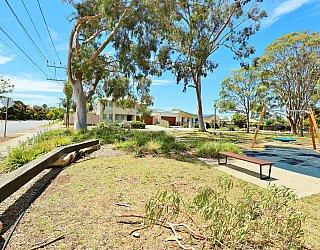 Mckellar Terrace Reserve Playground Balance Plank 2