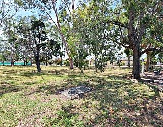 Mckellar Terrace Reserve Southern End 9