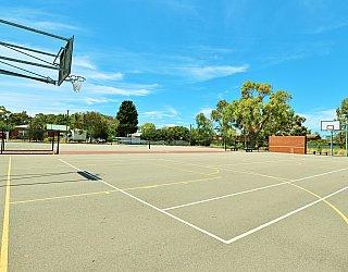 Rajah Street Reserve Sports Basketball 4