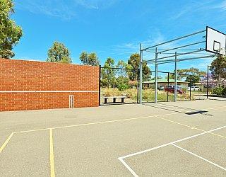 Rajah Street Reserve Sports Cricket Stump 1