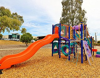 Ramsay Avenue Reserve Playground Multistation 4