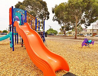 Ramsay Avenue Reserve Playground Multistation 5