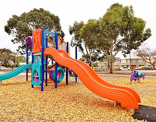 Ramsay Avenue Reserve Playground Multistation 9