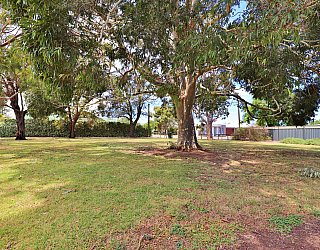 Stanley Street Reserve Southern End 4