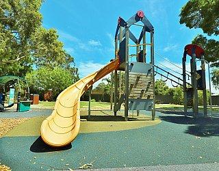 Yapinga Street Reserve Playground Multistation 2