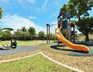 Yapinga Street Reserve Playground Multistation 4