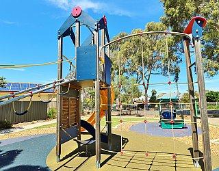 Yapinga Street Reserve Playground Multistation Climbing Net 1