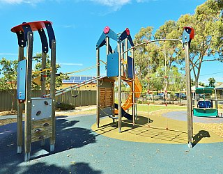Yapinga Street Reserve Playground Multistation Climbing Net 2