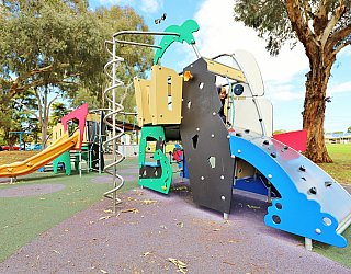 Glandore Oval Playground Multistation 6 Xb