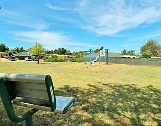 Lapwing Street Reserve Facilities Seat 2
