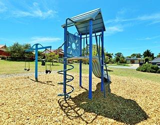 Lapwing Street Reserve Playground 4