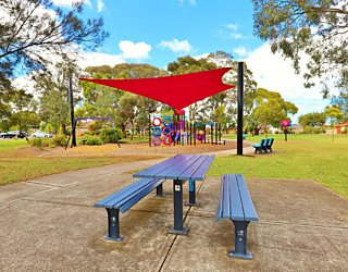 Rosslyn Street Reserve Facilities Picnic 1