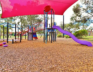 Rosslyn Street Reserve Playground Shade 2