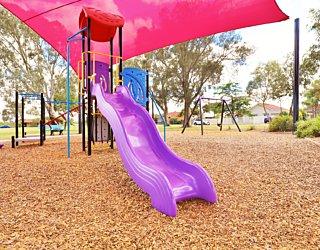 Rosslyn Street Reserve Playground Shade 3 Xb